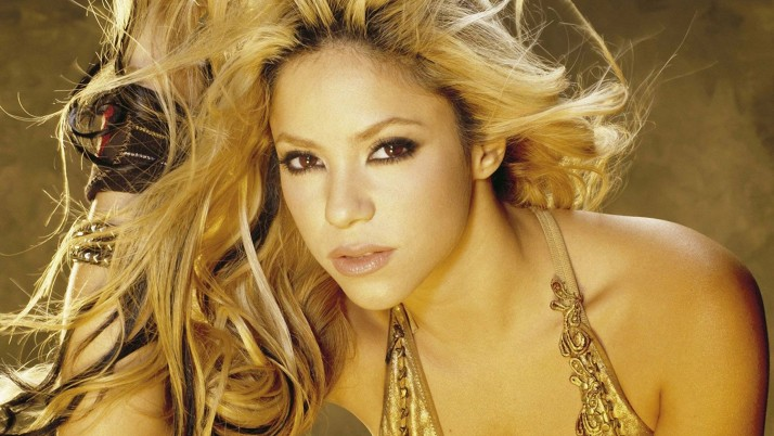 shakira, blonde, shoulder look wallpapers and stock photos