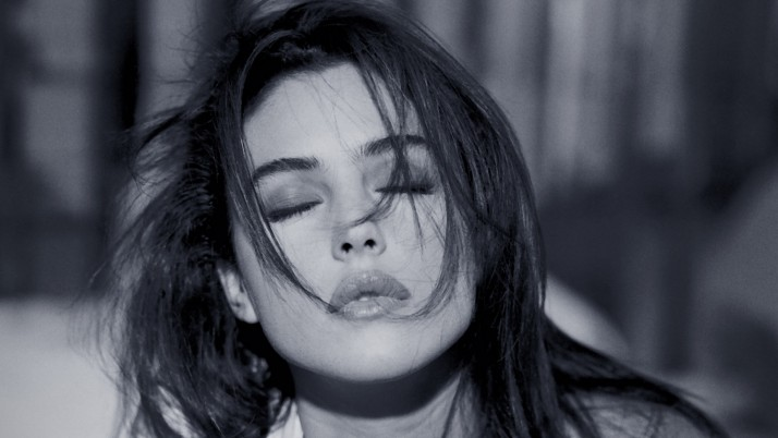 monica bellucci actress bw wallpapers and stock photos