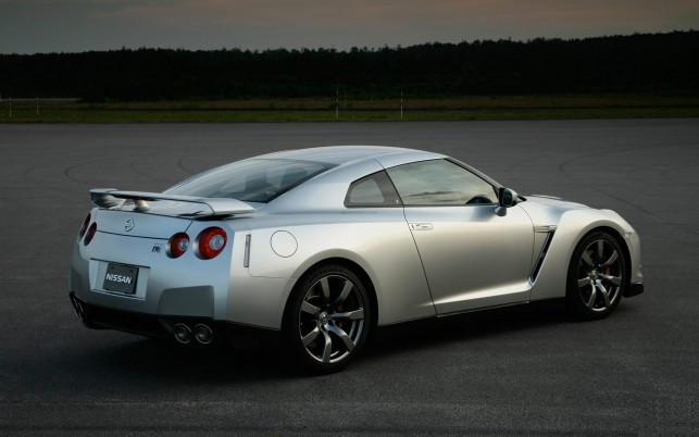 Nissan Skyline Gtr wallpapers and stock photos