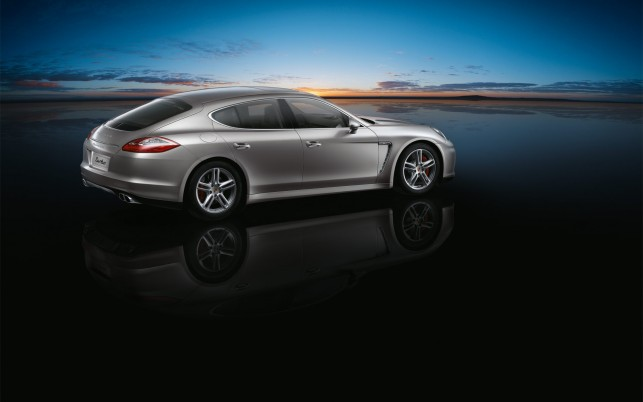 Porsche Panamera 2010, turbo wallpapers and stock photos
