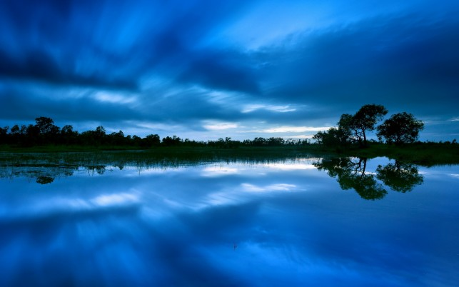 Blue view, tree, lake, sky, cloud, nature wallpapers and stock photos
