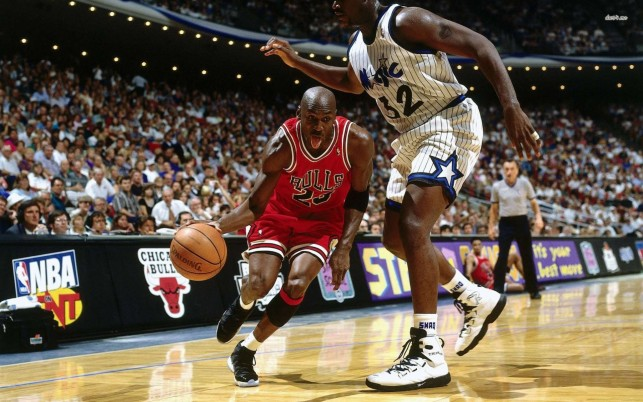 Michael Jordan vs Shaquille O'Neal, basketball, nba, sport, sports wallpapers and stock photos