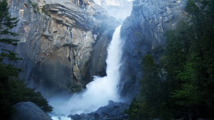 Yosemite Waterfalls, femme wallpapers and stock photos