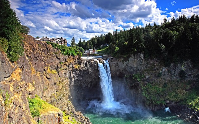 Random: Snoqualmie Falls, waterfall, rock, forest