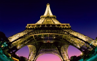 Eiffel Tower wallpapers and stock photos