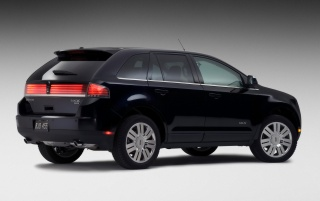 Next: Lincoln MKX Side