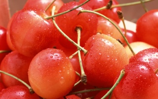 Fresh cherries wallpapers and stock photos