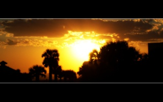 Hermosa puesta de sol wallpapers and stock photos