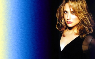 Next: Claire Forlani Wall 9
