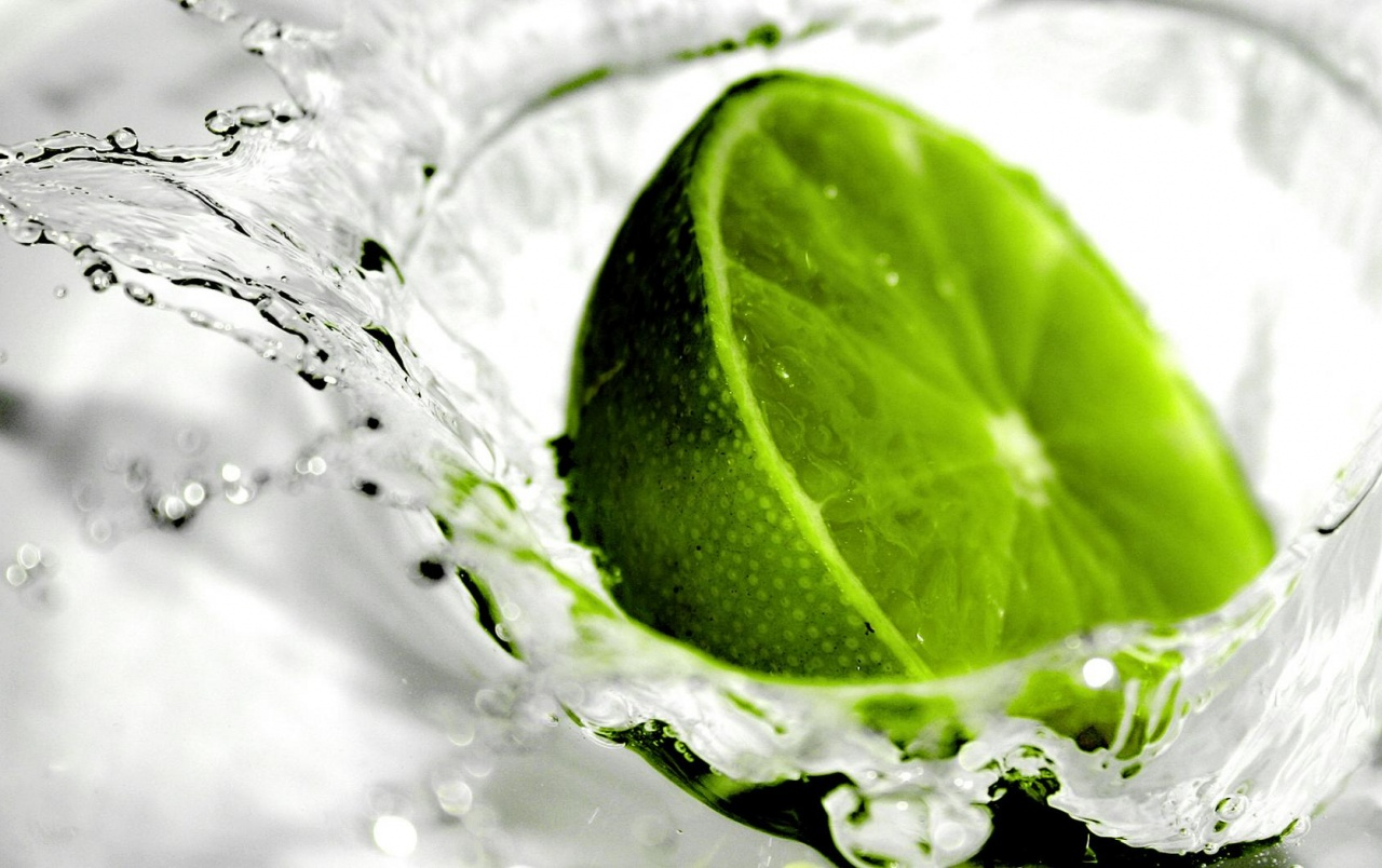 Green lime splash wallpapers