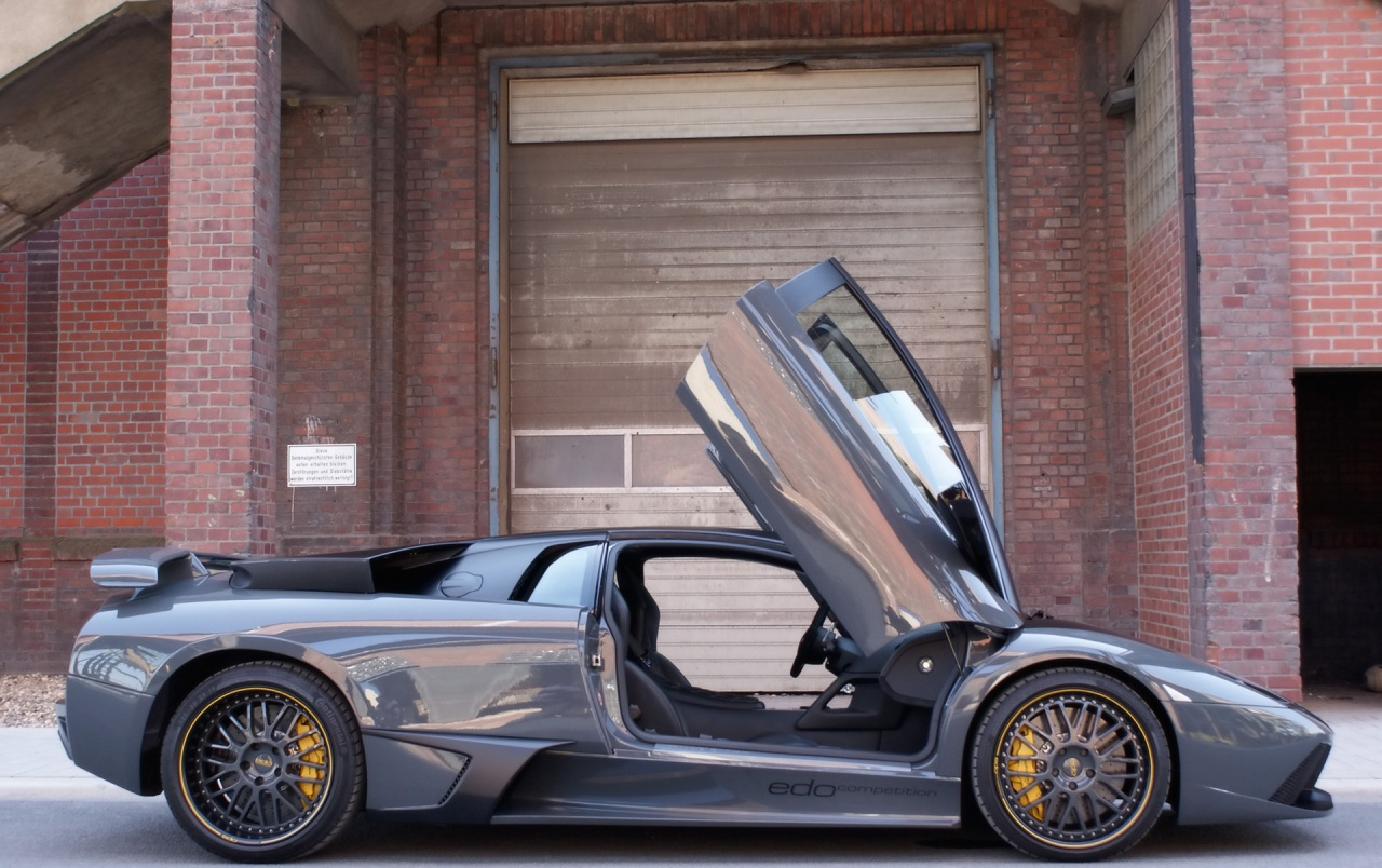 Edo Lambo doors wallpapers