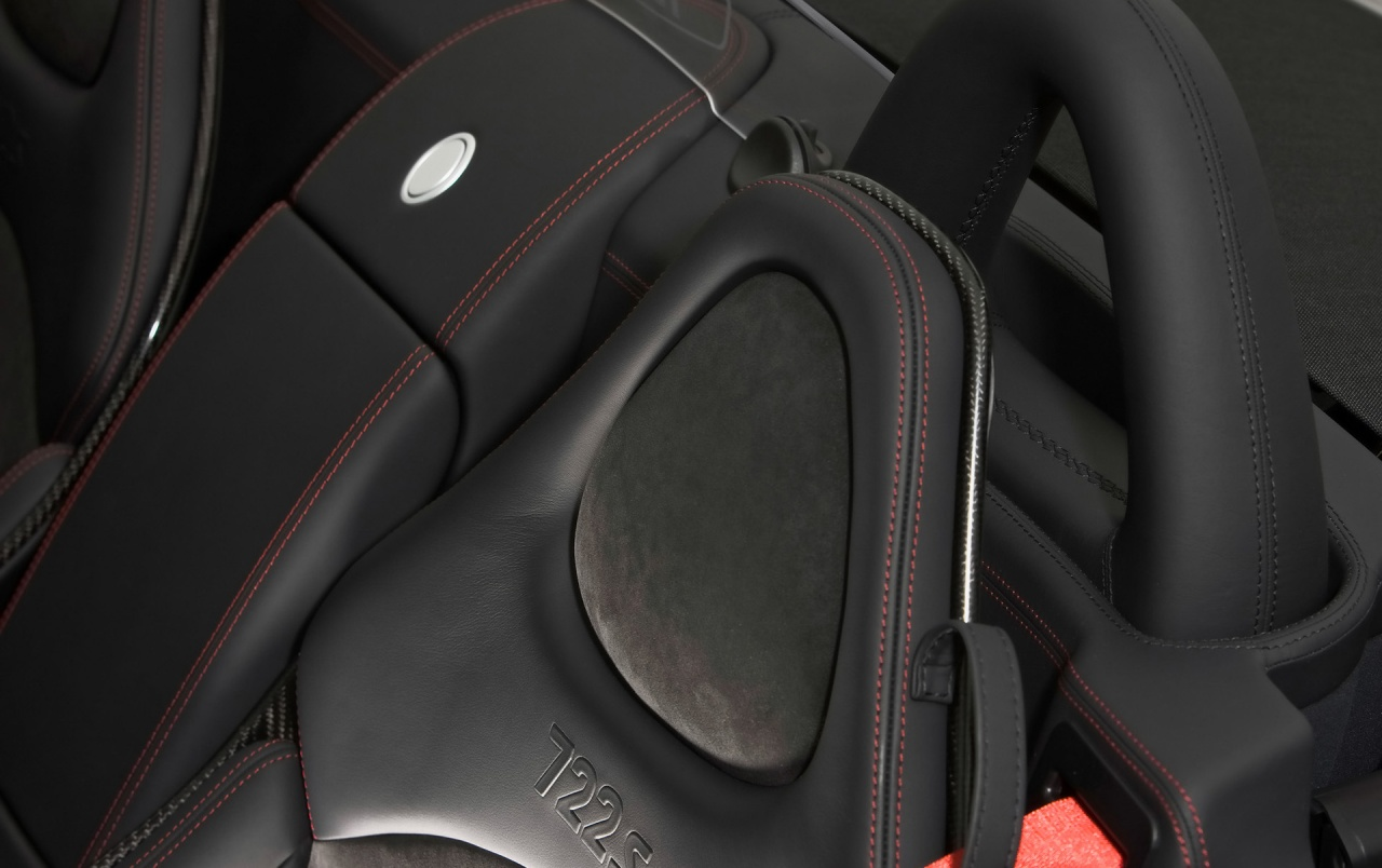 SLR rollbar and seat wallpapers