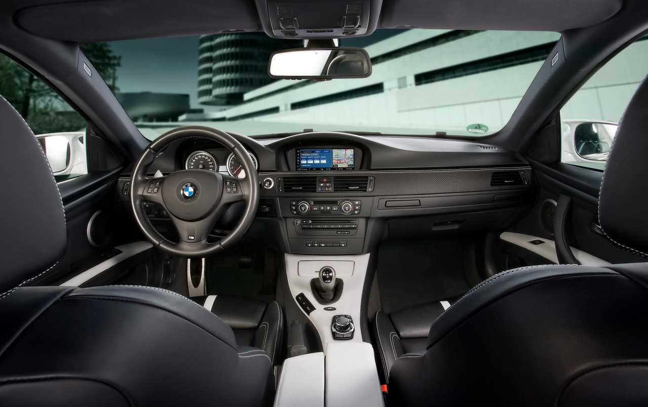 BMW M3 dashboard wallpapers
