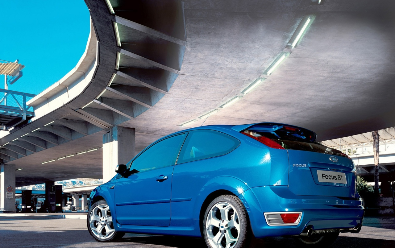 Ford Focus ST blue wallpapers