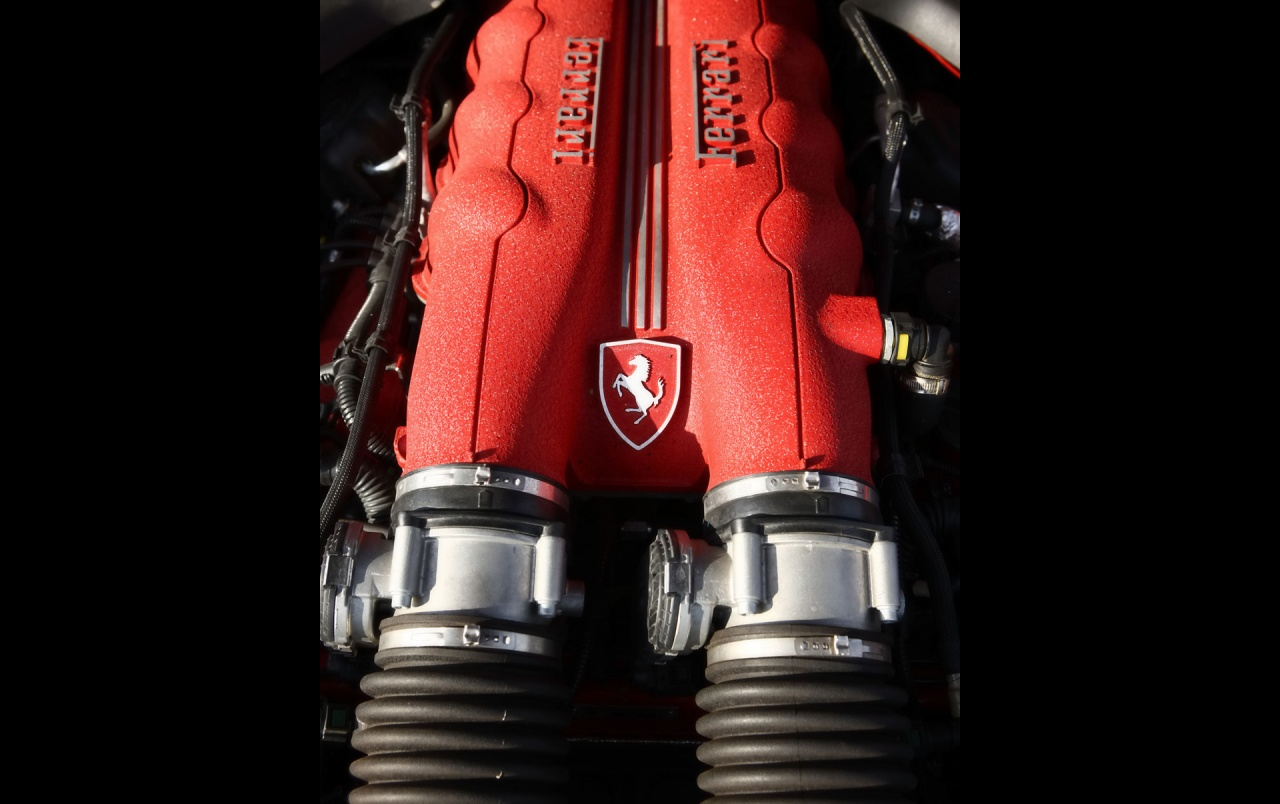 Ferrari California Engine wallpapers