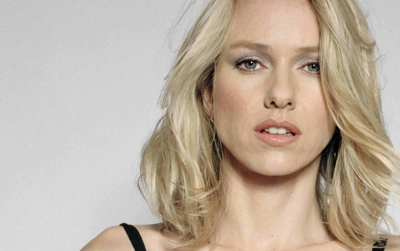 Naomi Watts Beatiful 3 wallpapers