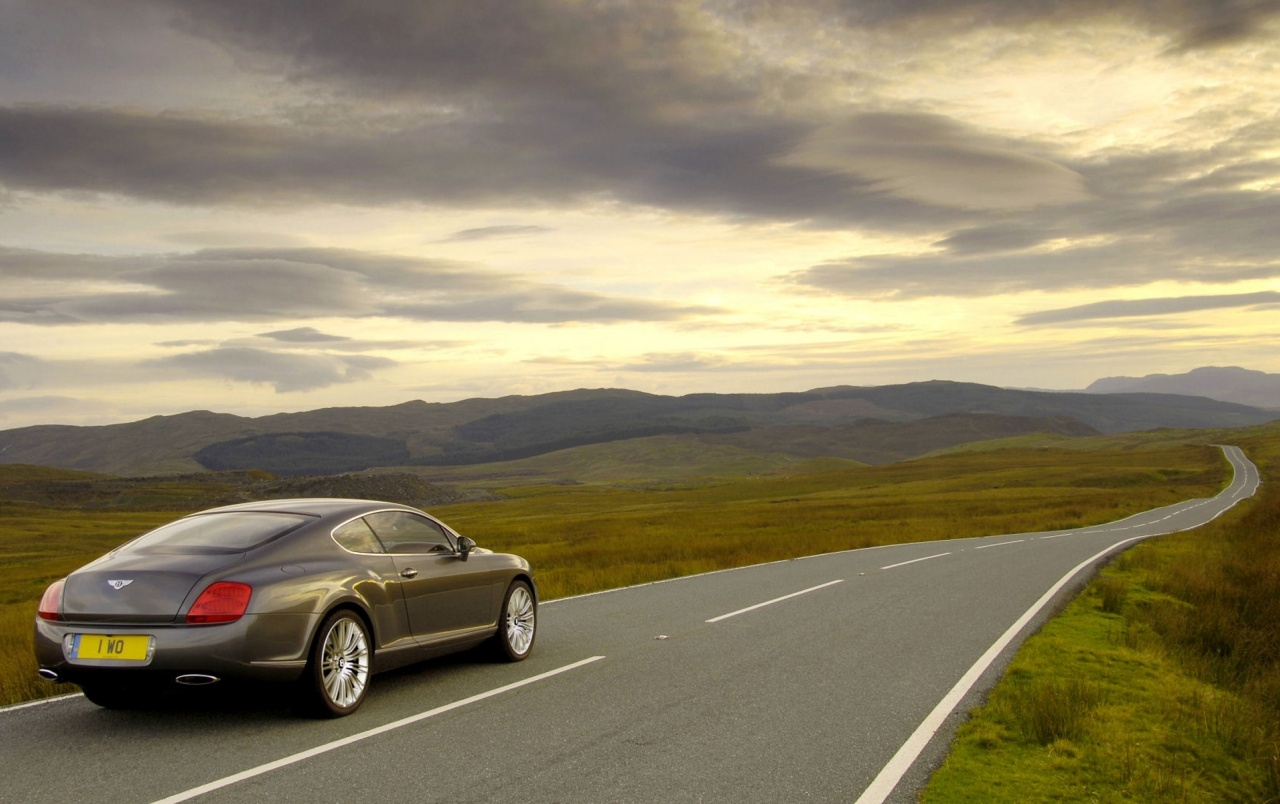 Bentley Continental GT wallpapers and stock photos