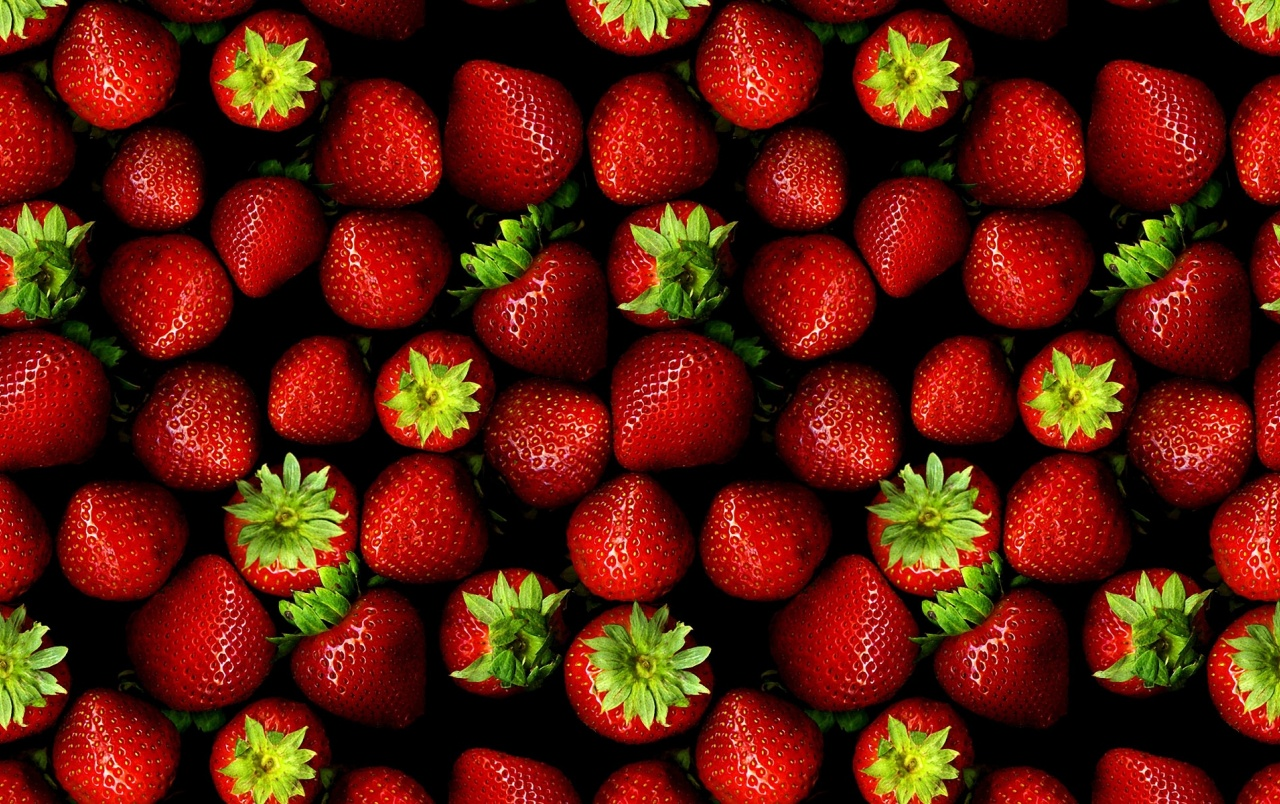 Strawberries wallpapers