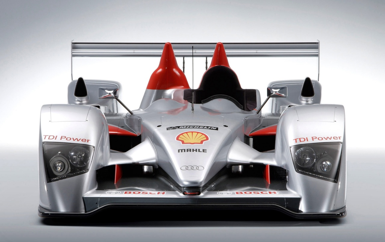 Audi R10 TDI wallpapers