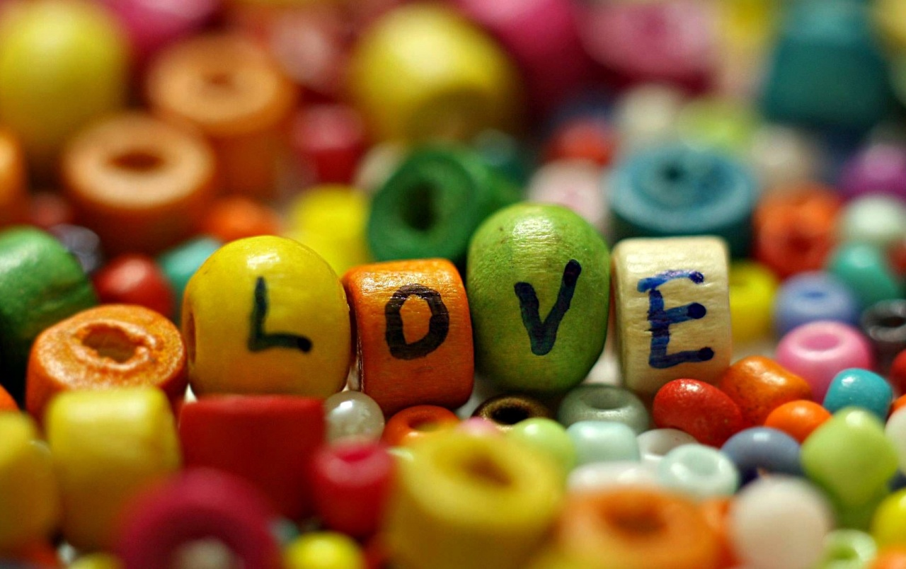 Love beads wallpapers