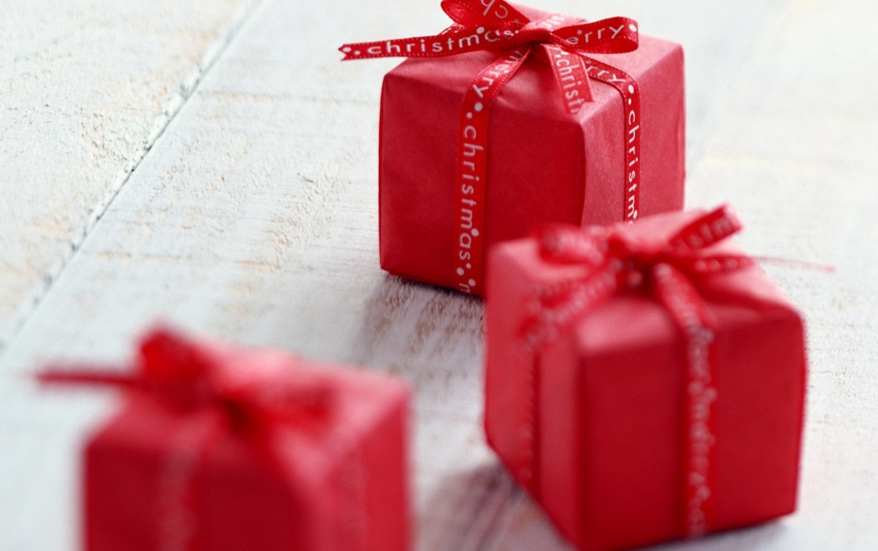 Small Christmas Gifts wallpapers | Small Christmas Gifts stock photos