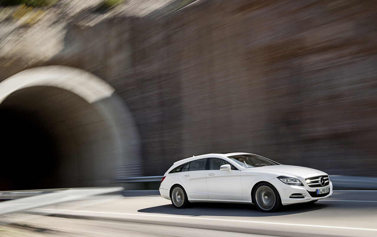 2012 Mercedes-Benz CLS Shooting Brake CLS 250 CDI White Speed wallpapers