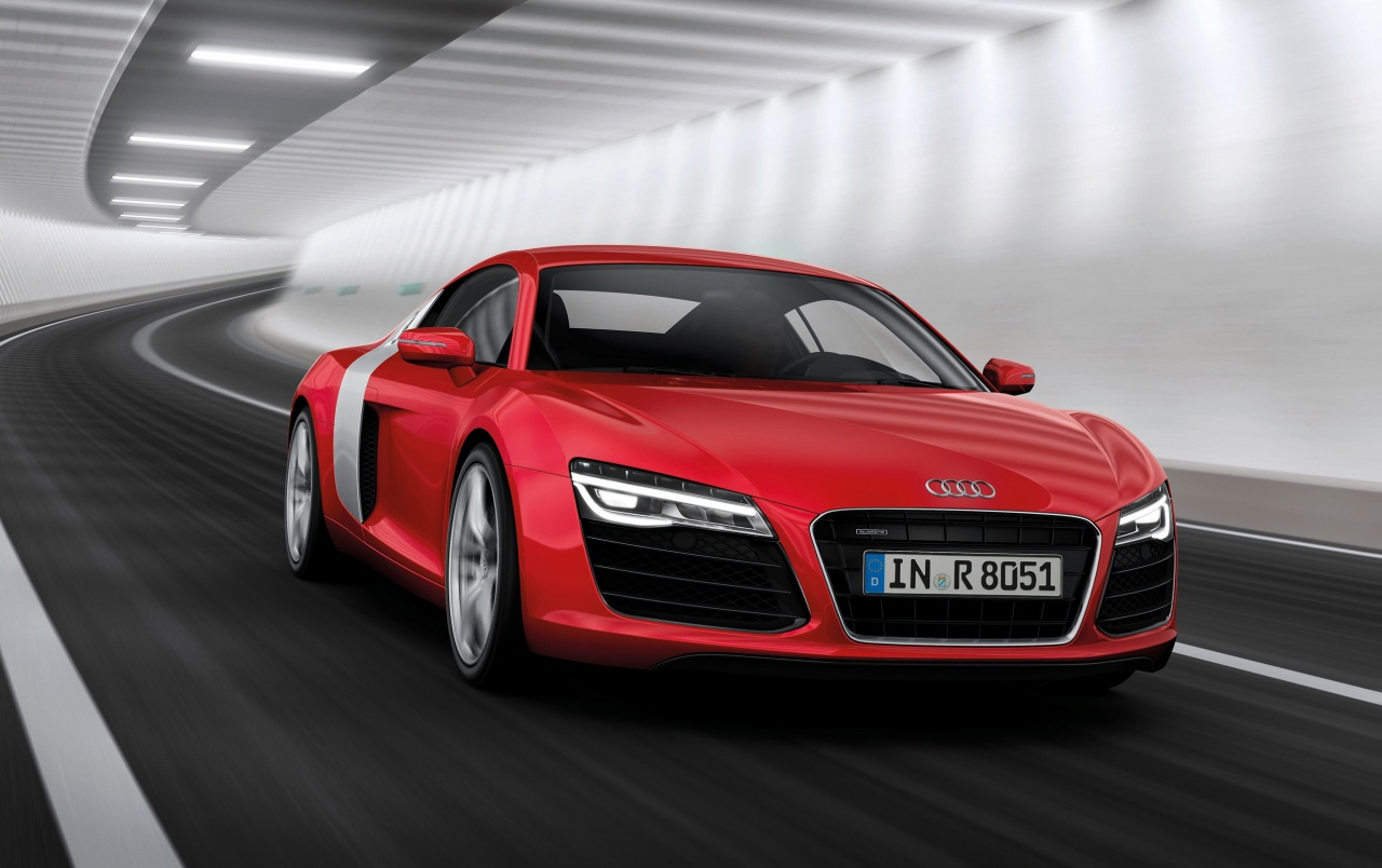 2013 Audi R8 Bewegung Red Front Angle wallpapers