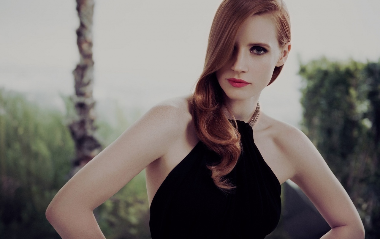 Jessica Chastain Glamour Shot wallpapers