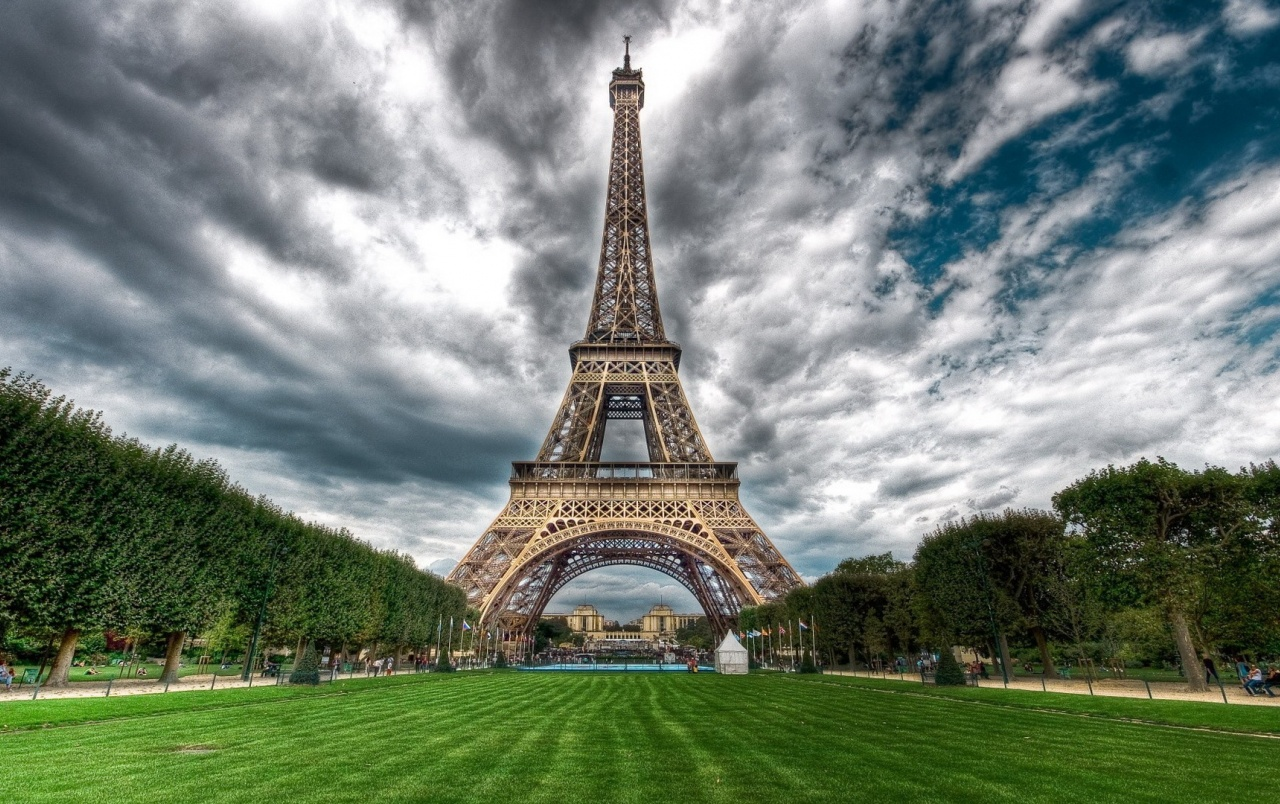 Eiffel Tower Hd Images 04547: Eiffel Tower One Stock Photos
