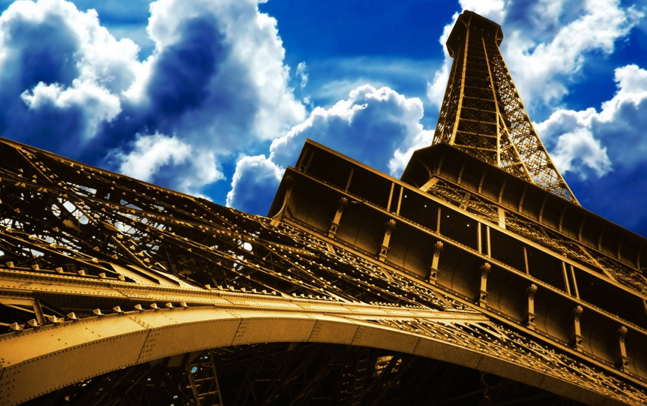 Eiffel Tower Skyscape Wallpapers Eiffel Tower Skyscape Stock Photos