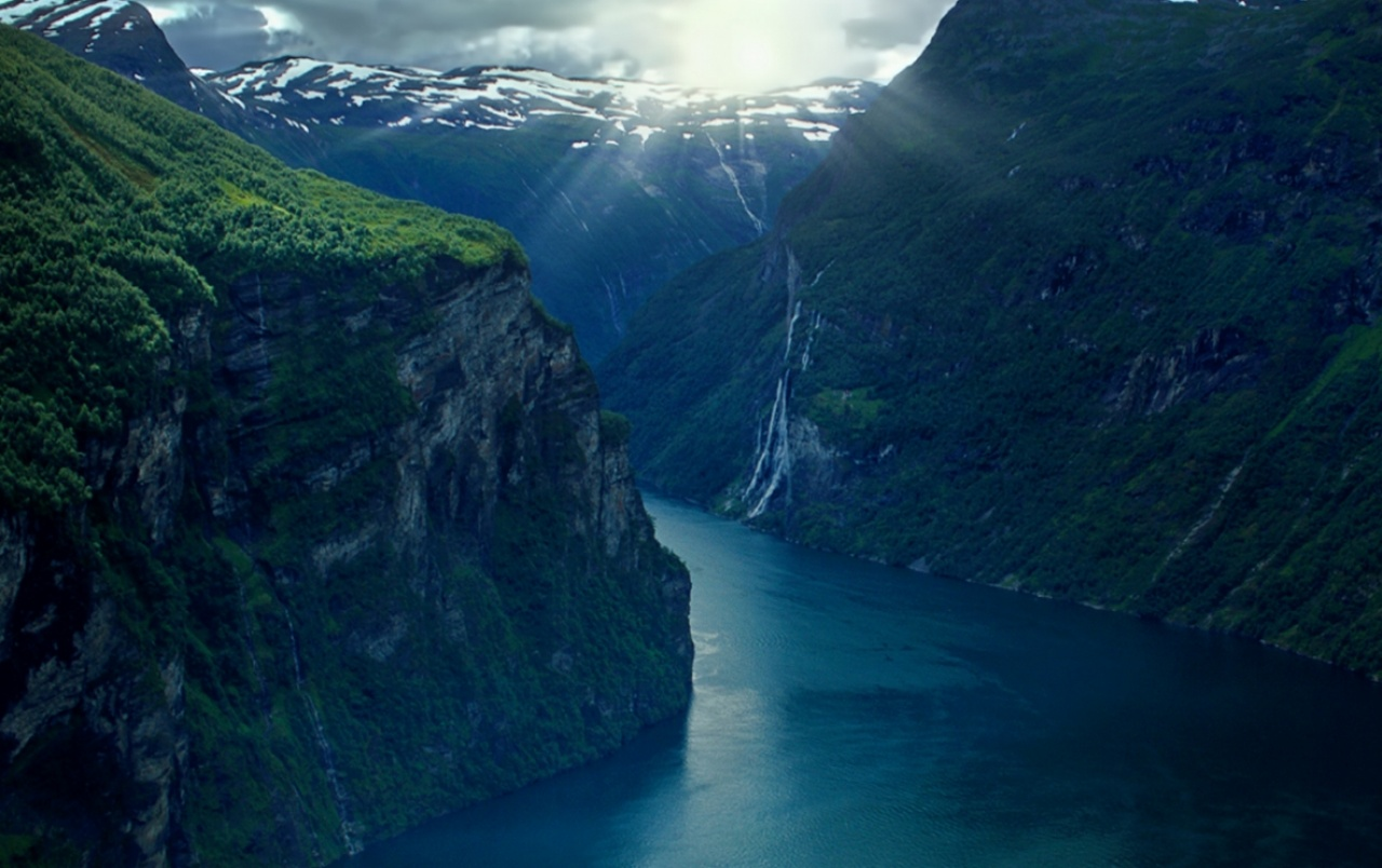 Original Geiranger Fjord Norway wallpapers