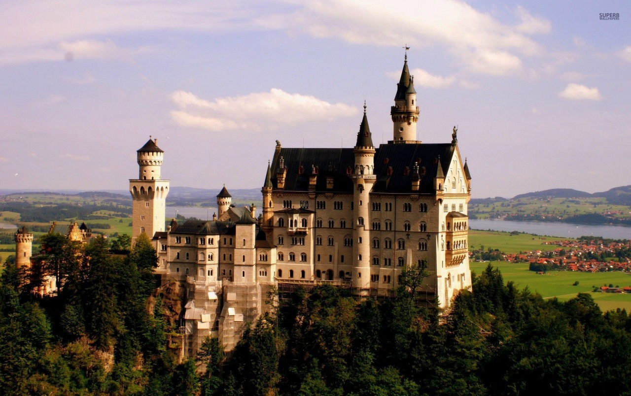 Neuschwanstein Castle wallpapers