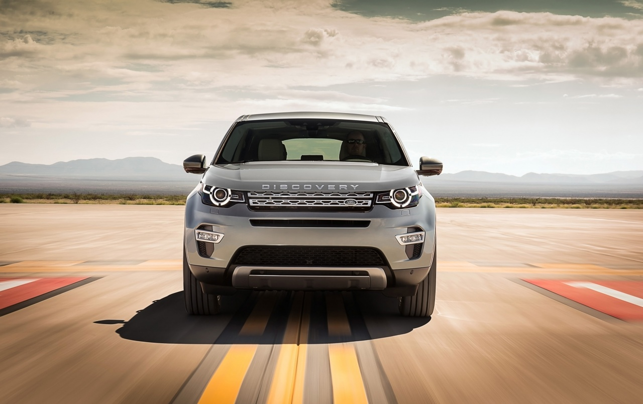 2015 Land Rover Discovery Sport Spaceport frontal wallpapers