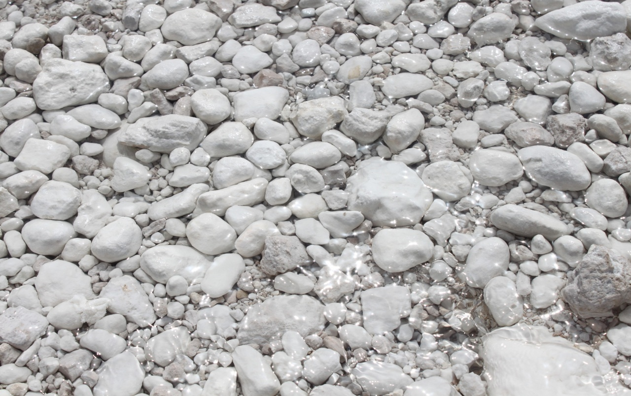 White Pebbles wallpapers