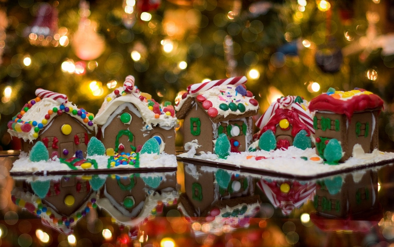 Gingerbread Christmas Ornaments wallpapers