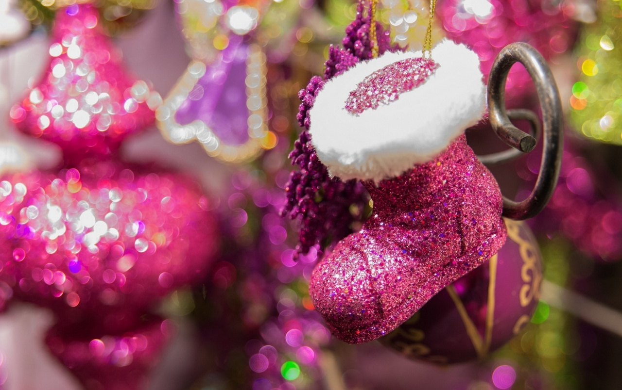 pink christmas decorations wallpapers