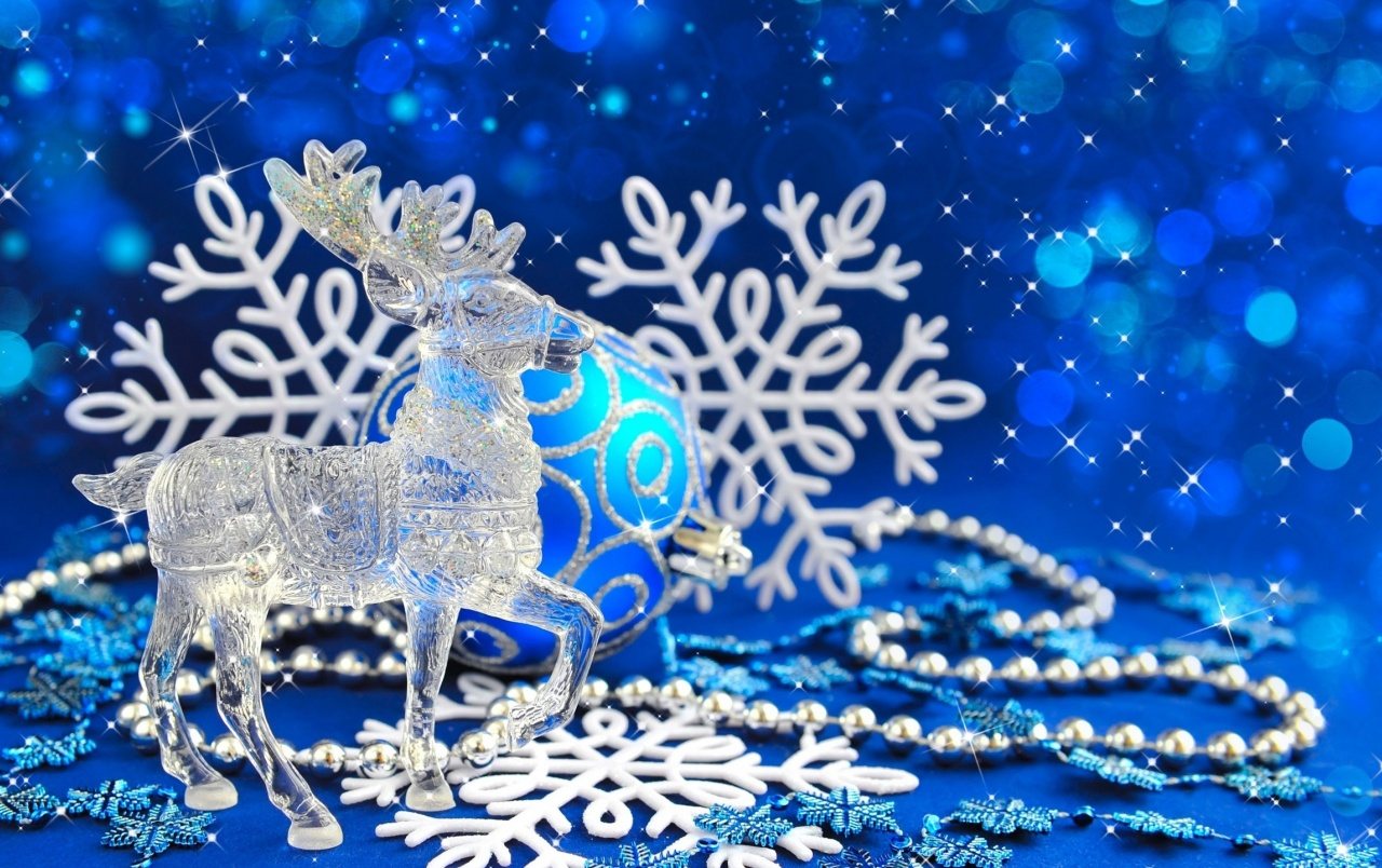 Glass Reindeer wallpapers