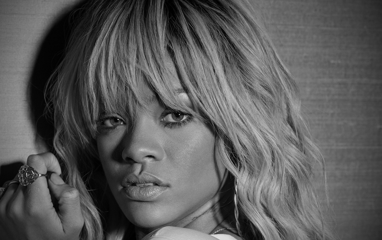 Rihanna Black and White Close-up wallpapers
