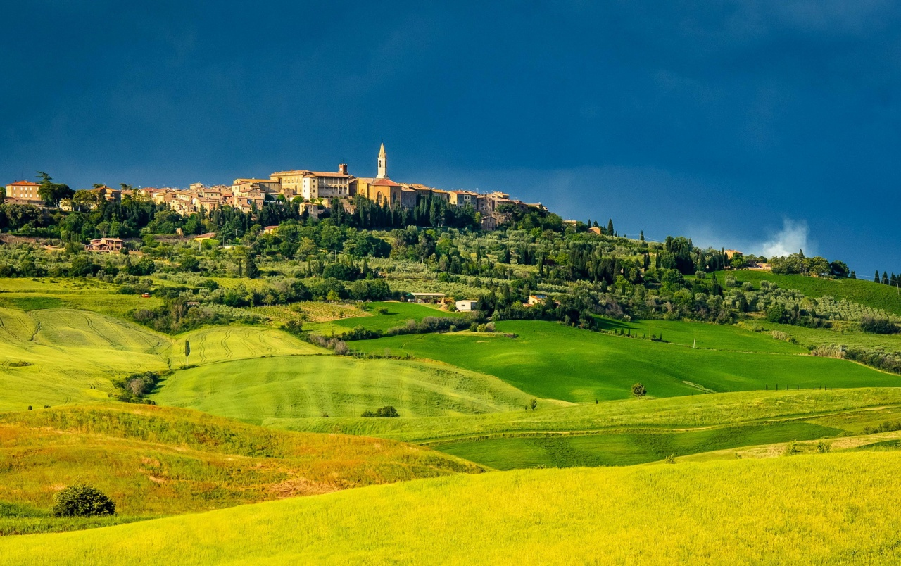 Italy Pienza Tuscany Meadows wallpapers