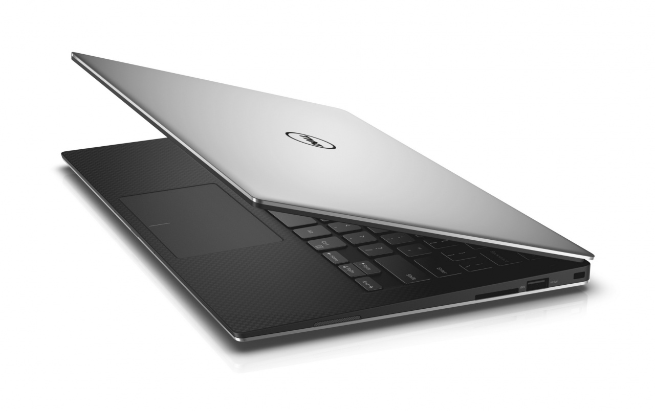 Dell XPS 13 2015 Wallpapers