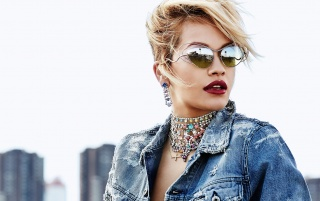 Rita Ora with Sunglasses wallpapers