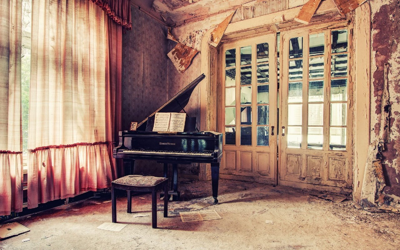 Classic Piano wallpapers