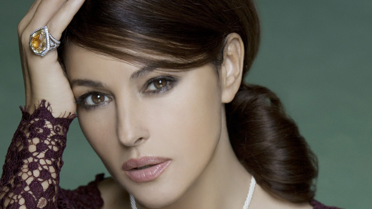Monica Bellucci Ring wallpapers