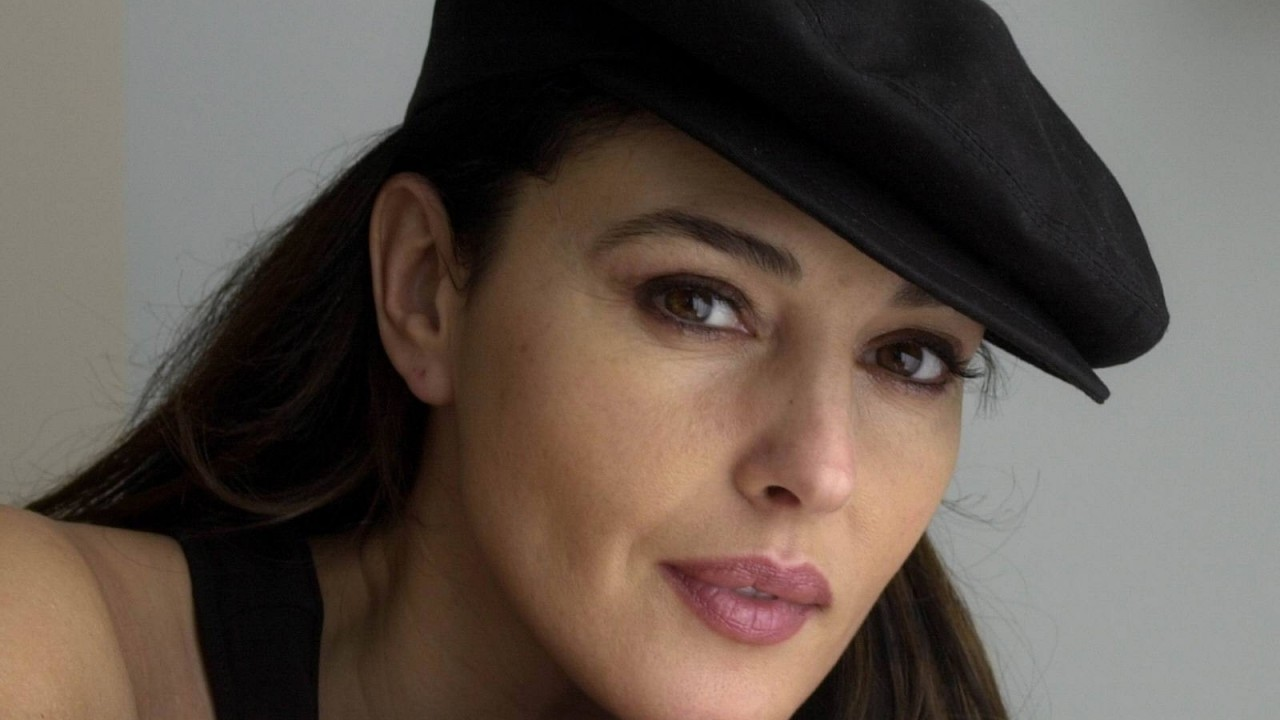 monica bellucci Soft wallpapers