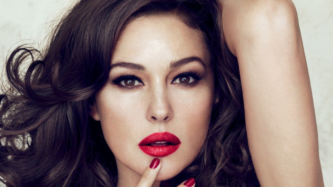 monica bellucci Red Lips wallpapers