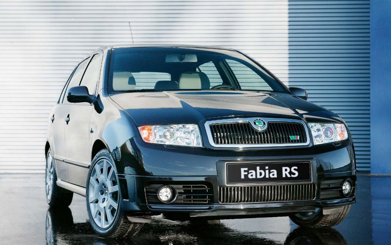 skoda fabia rs wallpapers skoda fabia rs stock photos. Black Bedroom Furniture Sets. Home Design Ideas