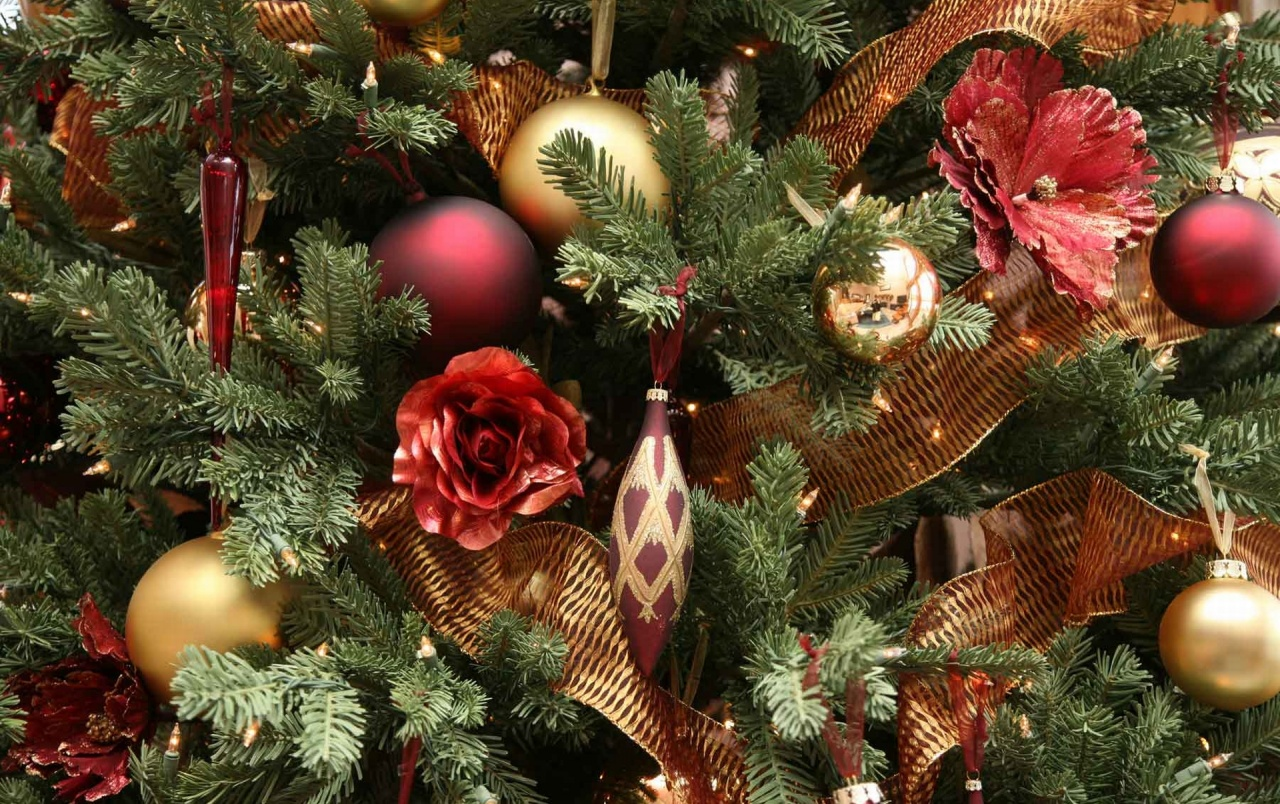 Nice Christmas Tree Wallpapers