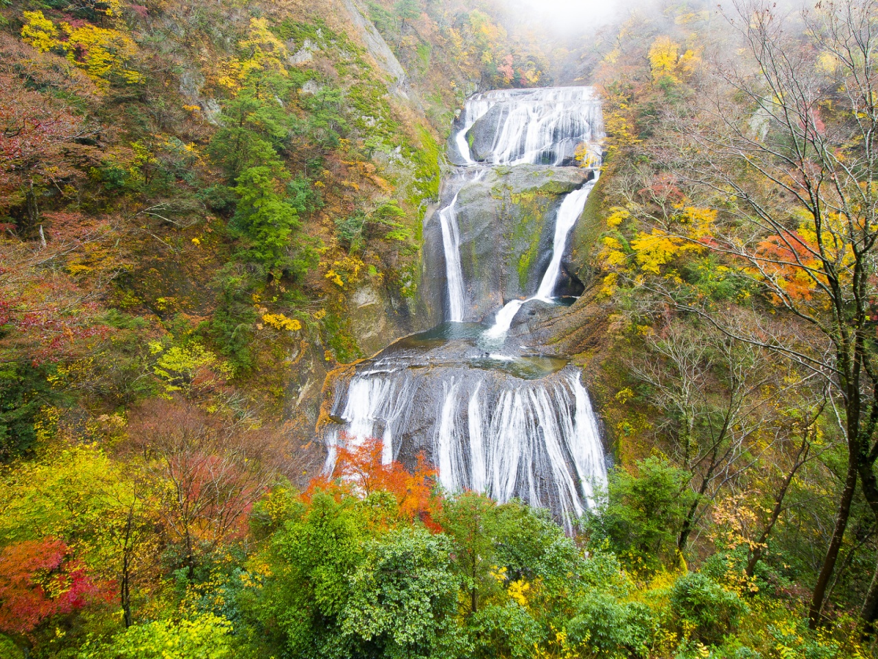 1280x720 Waterfall Cascade Vivid Autumn