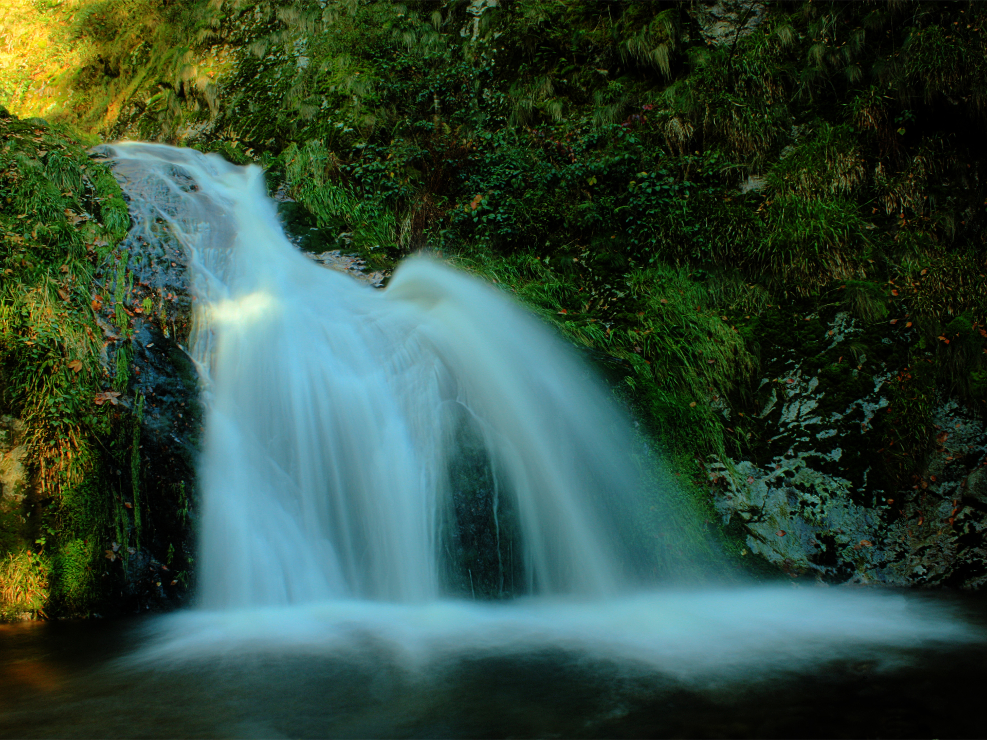 1920x1440 waterfall desktop pc and mac wallpaper