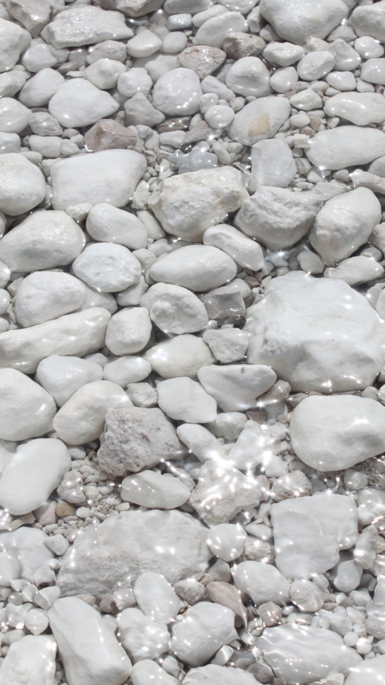 768x1366 White Pebbles Surface Rt Wallpaper